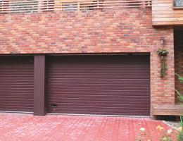 Sekční vrata garážová Vsetín